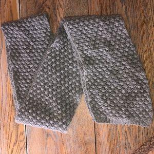 BODEN 67% wool, 22% angora,11%nylon scarf